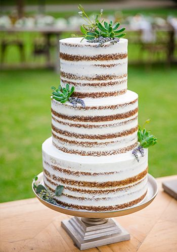 3 tier fresh-faced wedding cake by PPHG pastry chef Jessica Grossman at Lowndes Grove Plantation in Charleston, South Carolina | Fall Wedding Inspiration | Photo by Dana Cubbage Weddings