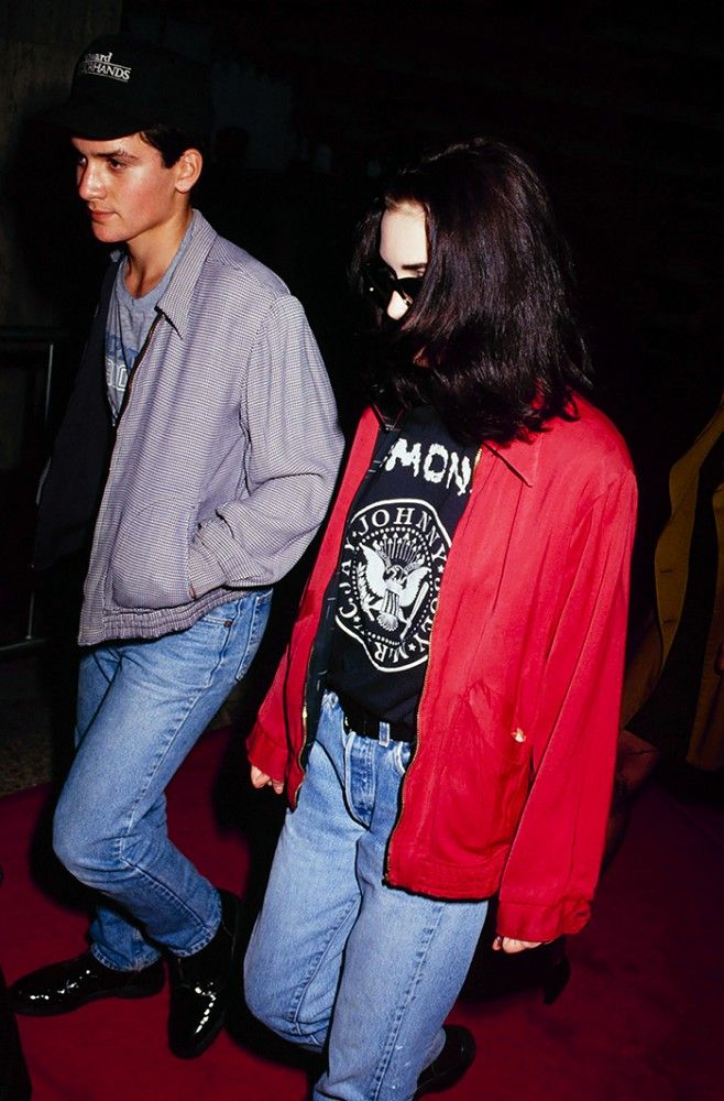 90s inspired halloween costume ideas youll love winona ryder 90s inspired halloween costume ideas youll love winona ryder grunge and 90s fashion sciox Image collections
