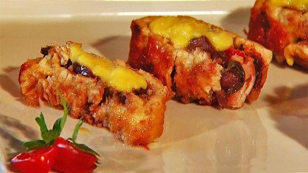 ROCAMBOLE DE FRANGO   Doces e sobremesas > Receitas de Rocambole Doce   Receitas Gshow