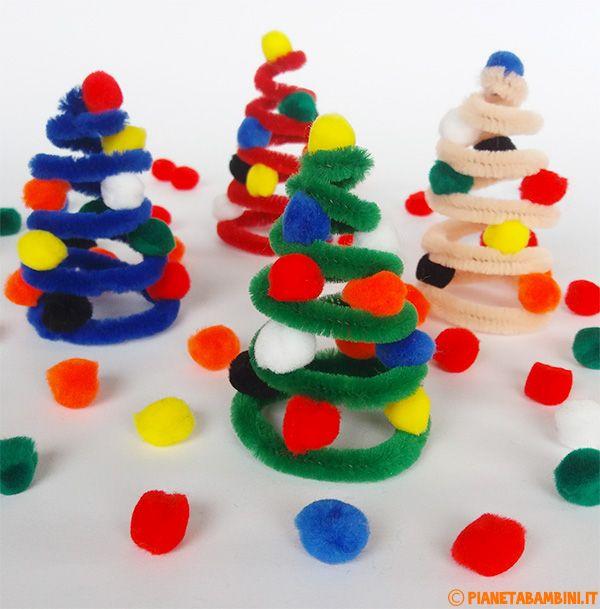 Lavoretto Alberelli Di Natale Con Scovolino E Pon Pon Lavoretti