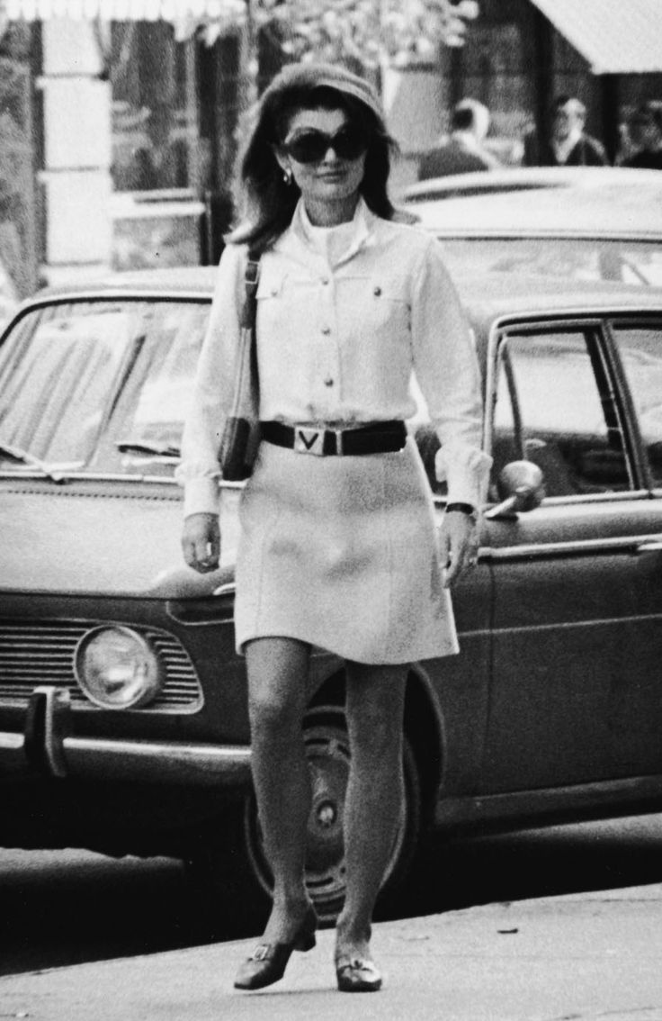 Jackie Kennedy Fashion: 303 Best Images About Jackie Kennedy & Family On Pinterest