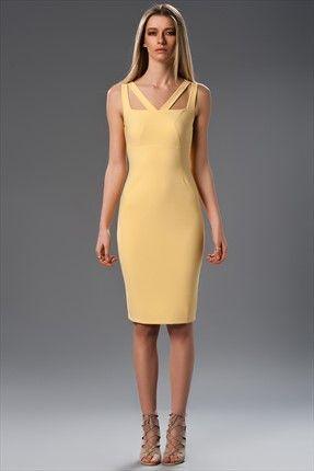 Milla by trendyol x Çağla Şıkel - Geometrik Dekolteli Sarı Elbise MLWSS156040 sadece 79,99TL ile Trendyol da