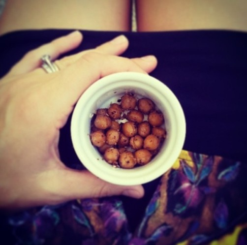 I quit sugar chickpea bombs are amazing! Yummy snack and so easy to make.
