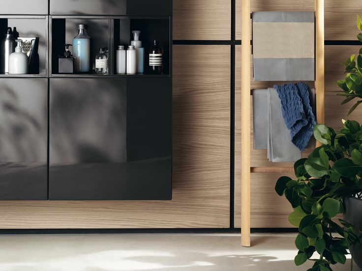 Idro Collection by #Scavolini. Characterised by user-friendly grooves for door openings, and by a plurality of personalised elements, the Idro project offers a refined and enjoyable living ambience. Something is changing in the #bathroom world.  The #bathroom according to Scavolini.
