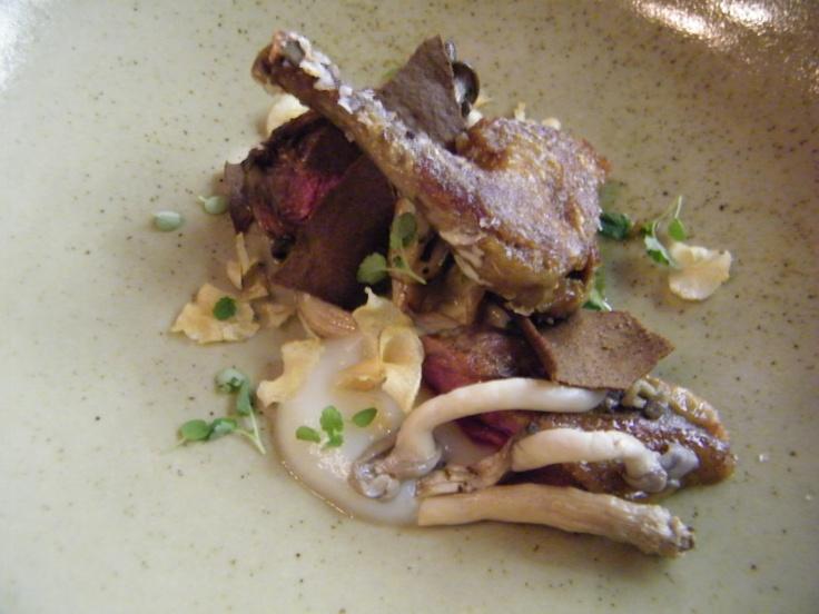 Pigeon w artichoke, mushroom, parsley & hay