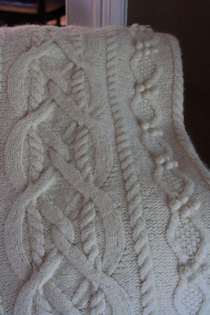 Erin Afghan by Lion Brand Yarn - Free pattern (project by Ravelry user yorkiegirl)