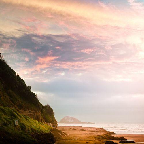 dreamingMuriwai Beach, Cubagalleri Photography, Sunsets Beach, Sunset Beach, Sunris, Places I D, Beach Photography, Travel Books, New Zealand