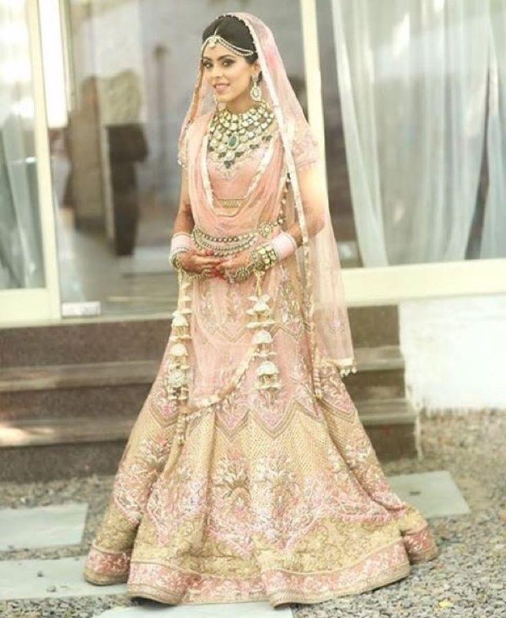 Punjabi bride punjabi jewellery punjabi tajrani dupatta ...