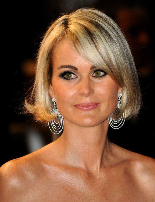 Laeticia Hallyday : ses 10 looks coiffures décryptés | Coupe carré, Coiffure, Coiffures de star