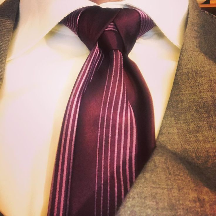 15 Different Types Of Tie Knots (Includes CLASSIC and FANCY Tie Knots)