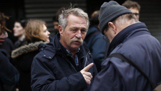 José Bové retenu à la douane canadienne