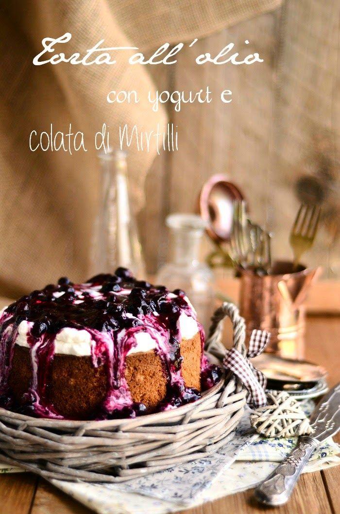 Cucina Scacciapensieri: Torta all'olio con yogurt e colata di mirtilli