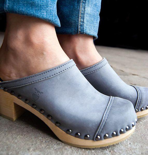 Cameo Cap Toe Sandal - Sandals - Mid Heel - Nubuck Leather - Sandgrens Clogs - Women Trend - Trendy Heels - Swedish Shoes - Fashion Footwear