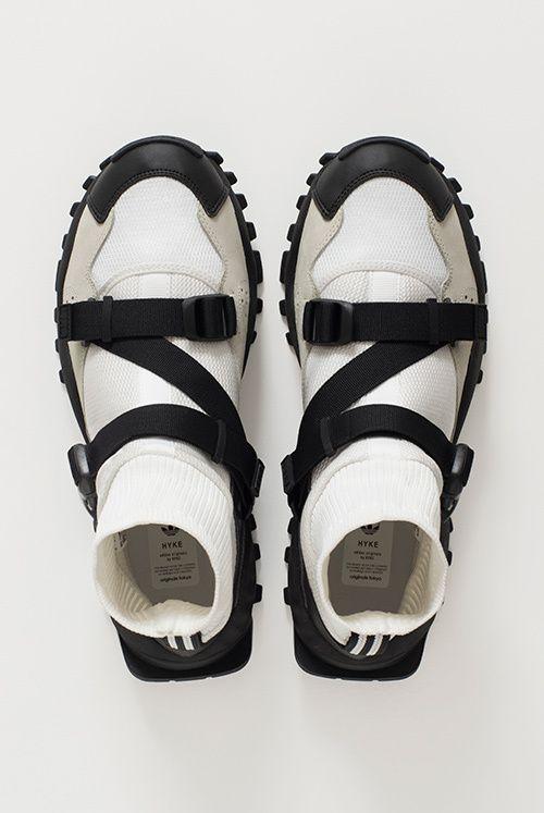 アディダス オリジナルス バイ ハイク(adidas Originals by HYKE)2016-17年秋冬 コレクション Gallery53