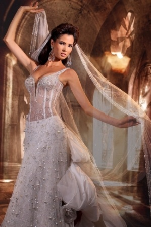 276 best Wedding Dresses Veils more images on Pinterest