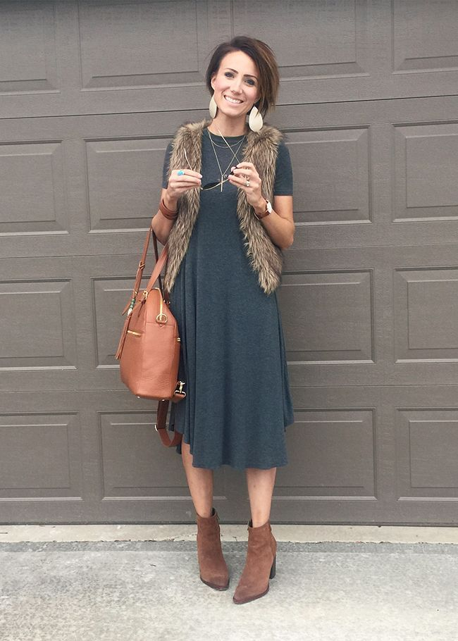 I am obsessed with Kilee Nickels. Such cute modest style.