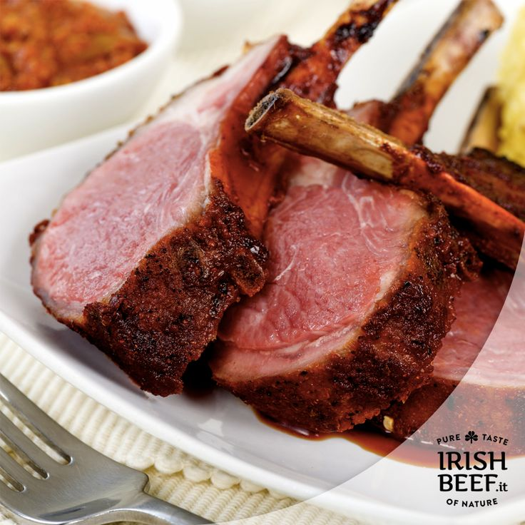 Cosa c'è di meglio se non una fantastica carré di agnello arrosto per festeggiare la Pasqua in famiglia? Gusto inconfondibile e in linea con la tradizione Irlandese. #Easter #food #foodie #beef #lamb #irishbeef