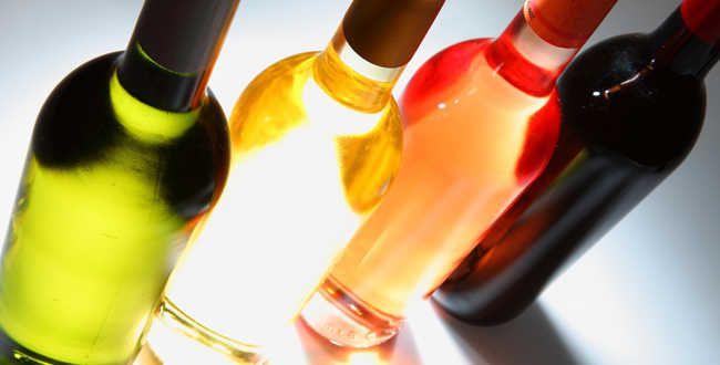 Foires aux vins : l'agenda 2014 http://avis-vin.lefigaro.fr/foire-aux-vins/o112967-foires-aux-vins-l-agenda-2014