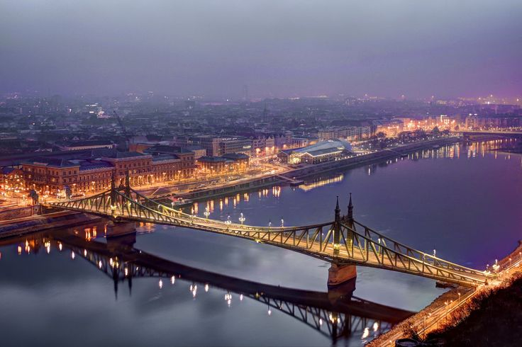 https://flic.kr/p/PKiArZ | Liberty bridge in dawn-Good Morning Budapest