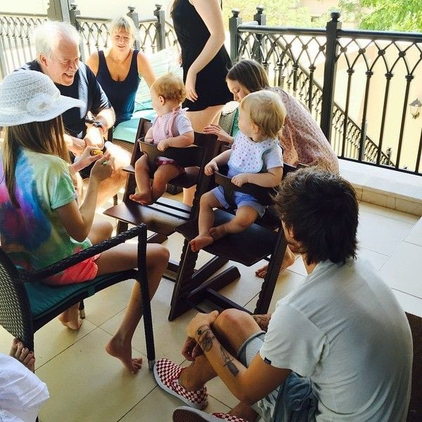 """Lottie Tomlinson on Instagram: """"fam reunion"""" ❤ liked on Polyvore featuring home, home decor, one direction, louis, pictures, & - pictures - one direction and 1d family"""