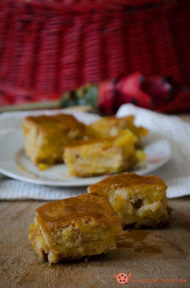 Torta allo zenzero con crema all'arancia è un dolce morbido e speziato senza uova e senza latte. Il suo sapore speziato, vi sorprenderà!