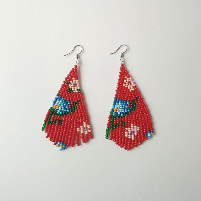 I've decided to separate earrings from nepinka art jewelry. So new shop has been opened on Etsy. Boosiko.etsy.com FREE SHIPPING #beadedearrings #beadwork #etsy #etsyartist #earrings #red #wearableart #artjewelry #longearrings #tasselsearrings #tassel #weaving #fringe #fringeearrings #boho #bohemian #abstract #floral #fashion #jewelrydesign #seedbeads #jenfiledesperlesetjassume #modern #giftforher #lifestyle