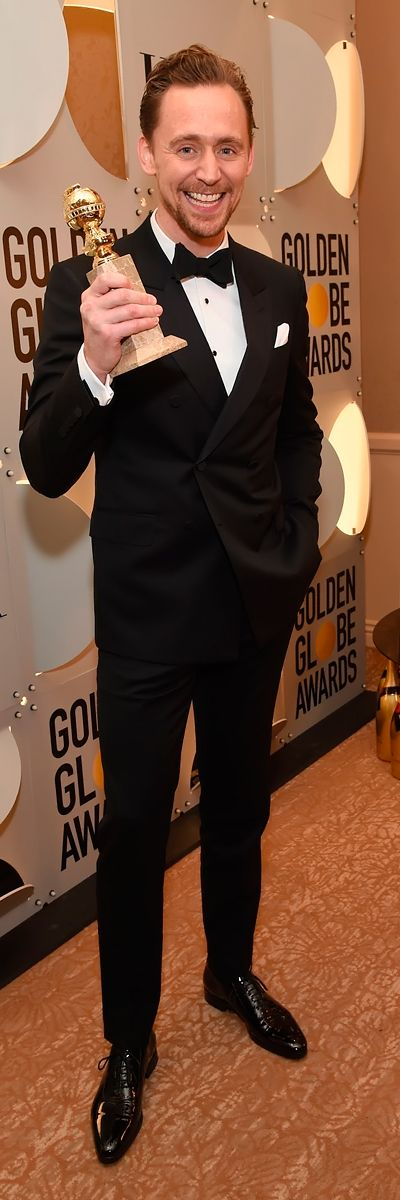 Tom Hiddleston backstage at the 74th Annual Golden Globe Awards at The Beverly Hilton Hotel on January 8, 2017. Source: Torrilla. Full size image: http://ww4.sinaimg.cn/large/6e14d388gw1fbkdxppjv0j211v1kwqf0.jpg