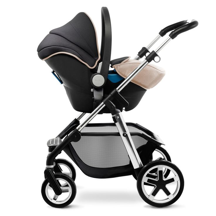 The Silver Cross Pioneer pram can be used with the Silver Cross Simplicity car seat to convert it into a convenient travel system.