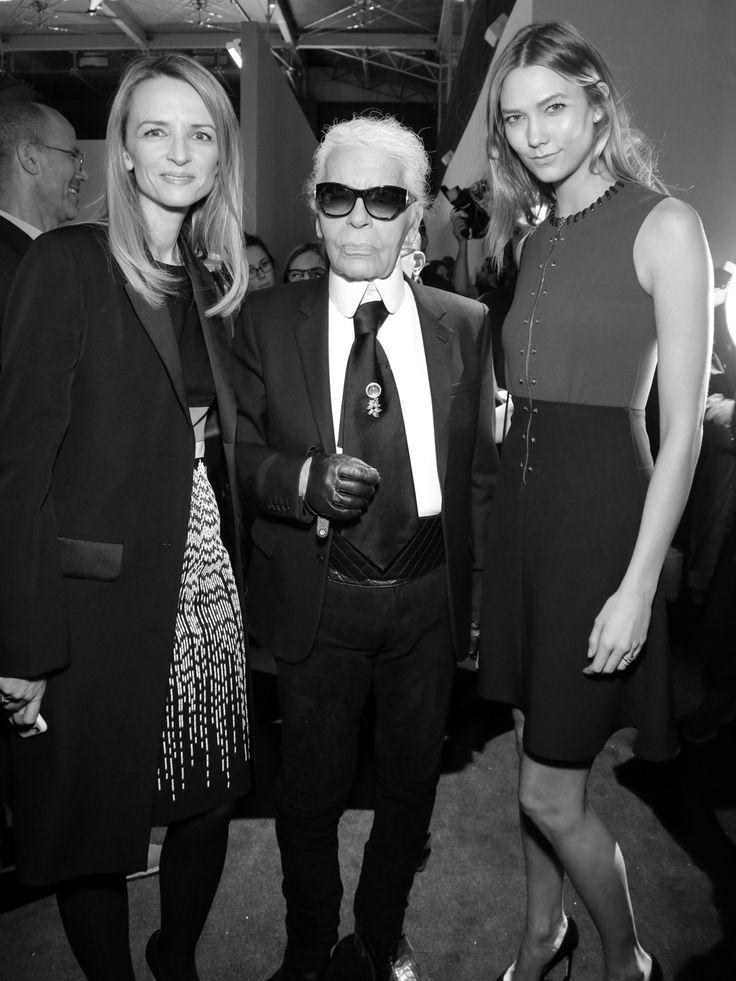 Karl Lagerfeld, Karlie Kloss, Simon Porte Jacquemus ou encore Anna Wintour... La mode s'est donné rendez-vous pendant la Fashion Week de Paris pour saluer les talents de demain. Images....