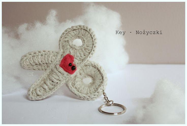 Amigurumi nożyczki  #amigurumi #amigurumis #scissors #nożyczki #szydełkowe #rękodzieło #brelok #crochet