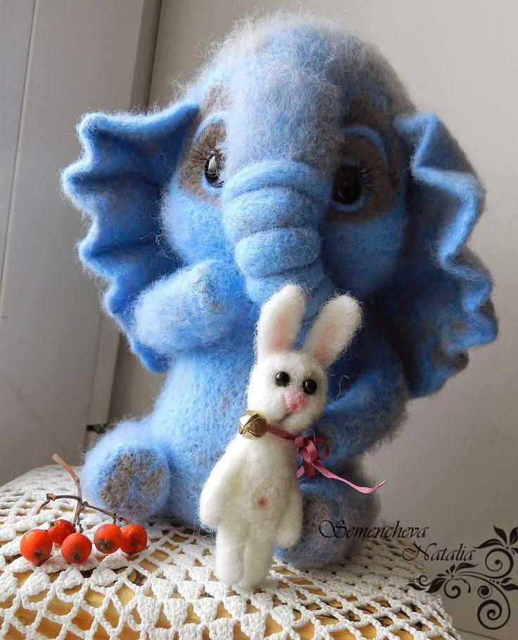 слоненок и зайчик из шерсти, felting, валяние, валяная игрушка, игрушка из шерсти, игрушка из войлока