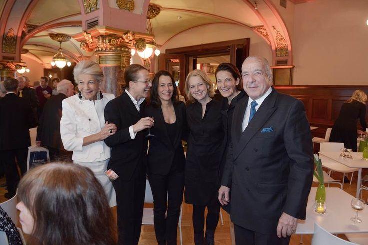 Sylvia von Kretschmann, Melanie Frowein, Anne Will, Prof. Miriam Meckel, Dr. Caroline von Kretschmann und Ernst-Friedrich von Kretschmann
