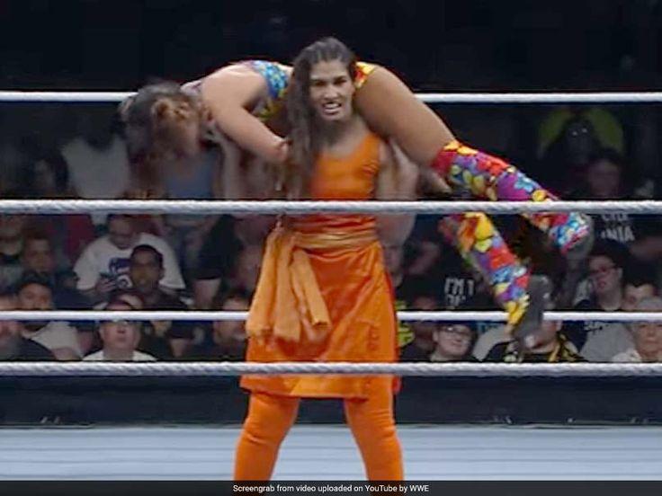 Kavita Devi Fights In WWE Event Wearing Salwar-Kameez Twitter Goes Bananas - NDTVSports.com #757Live