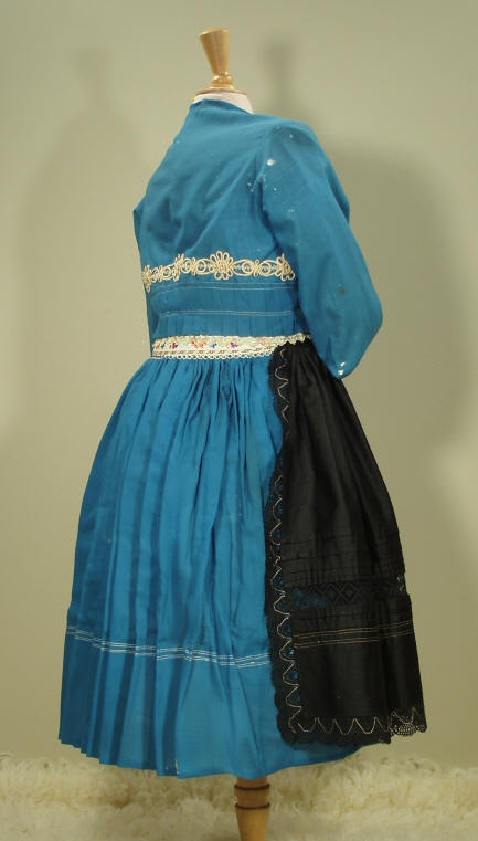 moravian folk costume; Ratiskovice