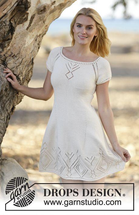 """Strikket DROPS kjole i """"Muskat"""" eller """"Belle"""" med hullmønster og raglan. Strikket ovenfra og ned. Str S - XXXL ~ DROPS Design"""