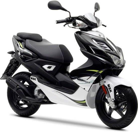 74 best scooter 50 images on pinterest mopeds motor. Black Bedroom Furniture Sets. Home Design Ideas