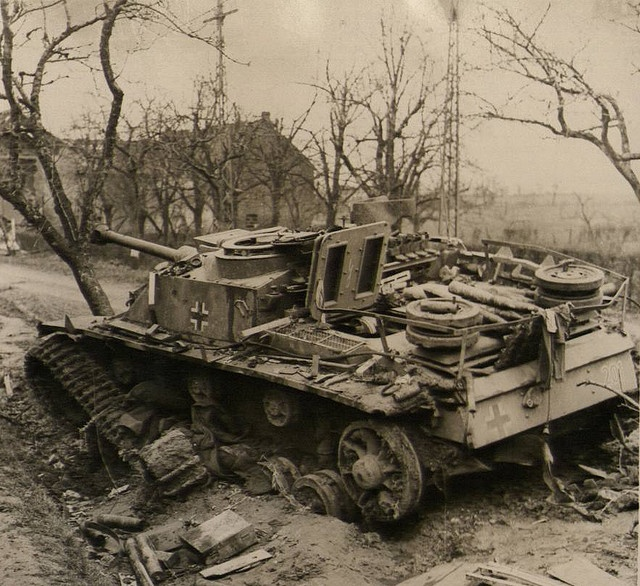 Image result for stug 3 ausf g top view