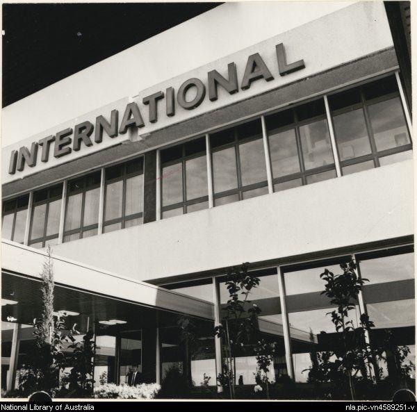 Edwards, Don. Melbourne International airport entrance, Tullamarine, Victoria, 1971 [picture].