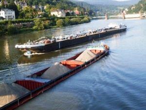 Barges on Neckar 2