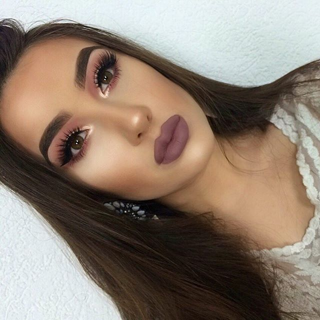 ▫️Lips -Rider- by @theamrezycollection @amrezy @liplandcosmetics ❤️ ▫️Lashes -Ruby- by @elstileshop @elstile Use code Kristina35 for 35% off ❤️ ▫️Eyedeal Duo in -Pixie Dust- @doseofcolors ▫️Shadows -Huda Beauty Rose Gold edition Textured Shadows - by @hudabeauty @shophudabeauty ▫️Brows #Dipbrow in -Dark brown- by @anastasiabeverlyhills and Duo Brow Powder in -Ebony- ▫️Highlighting Palette -SOLSTICE- by @sleekmakeup ▫️Corrector & Concealer -Palette 01- by @sleekmakeup ▫️Stick Foundation…