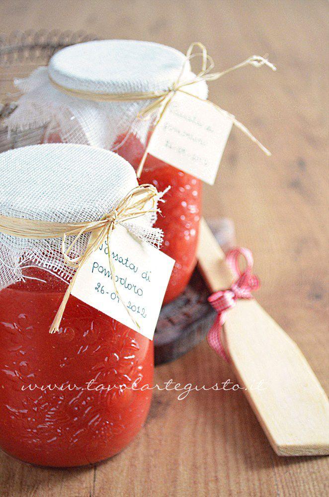 Passata di pomodoro fatta in casa - Ricetta passata di pomodoro
