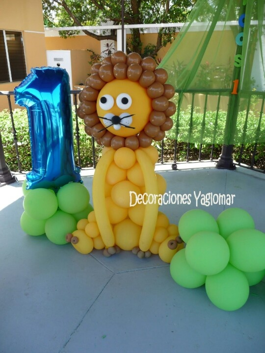 1st Birthday Party, Lion Balloon Decor