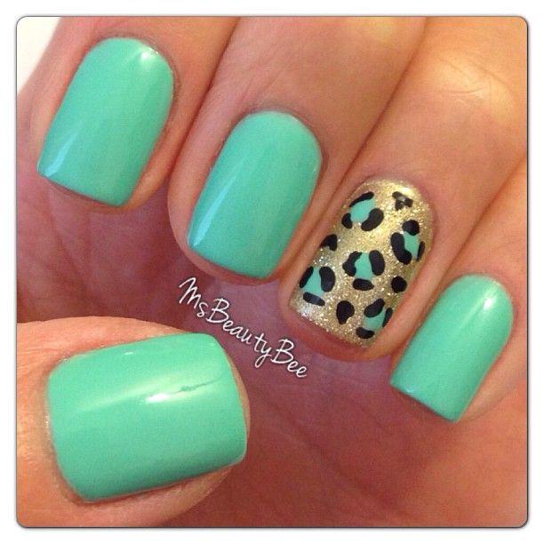 Mint of Spring Leopard Mani