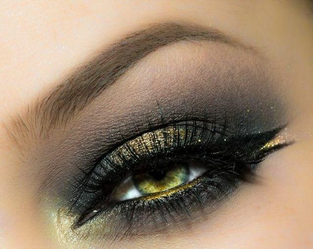 Schminktipps grüne Augen welcher Lidschatten Perlentöne