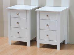 Nachtkastjes met lades wit 40x60x40 cm Justin (set van 2). Een set van 2 witte nachtkastjes van goede kwaliteit. Koop deze nachtkastjes nu extra voordelig als s