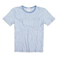 Blå økologisk t-shirt af Knowledge Cotton Apparel. Køb online nu hos Emanuels! Hurtig & billig levering.    Bæredygtigt bolig design, økologisk modetøj og plejeprodukter - Emanuels har et kæmpe udvalg i bedste kvalitet