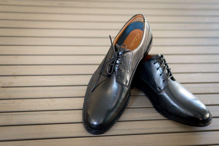 wedding photography | men wedding shoes