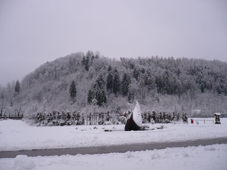 Camping Lago di Levico, entrance with snow