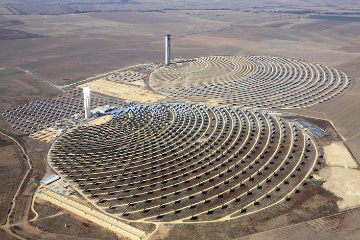 Two amazing CSP plantsRenewals Energy, Solar Thermal, Solar Panels, Concentration Solar, Solarpower, Power Plants, Solar Power, Solar Energy, Power Towers