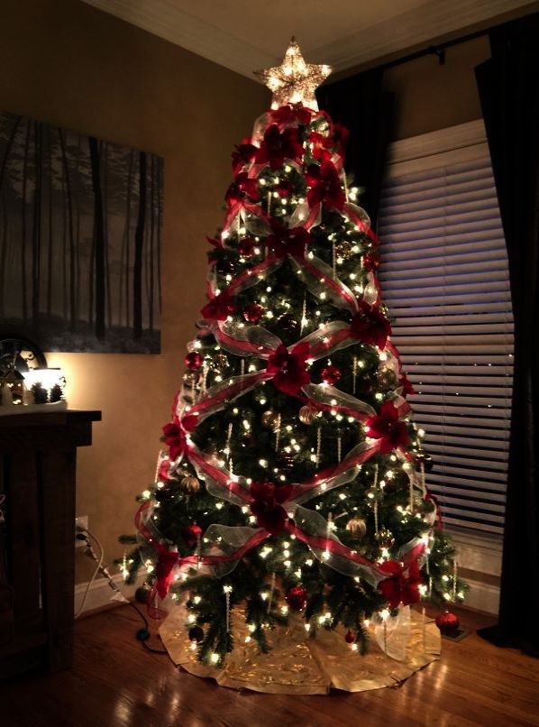 5 Foot Christmas Wreath Christmas Tree Sale Black Christmas Trees Pretty Christmas Trees